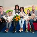 Familie aus den Niederlanden spendet 100 Kika-Bären