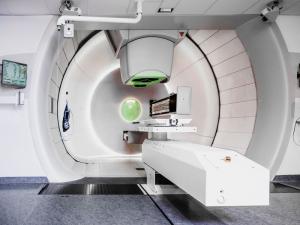 Behandlungsraum für Protonentherapie am WPE.