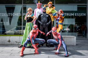 Superhelden unter sich: Der erste Heldentag am WPE war ein voller Erfolg. Foto: David Hallwas